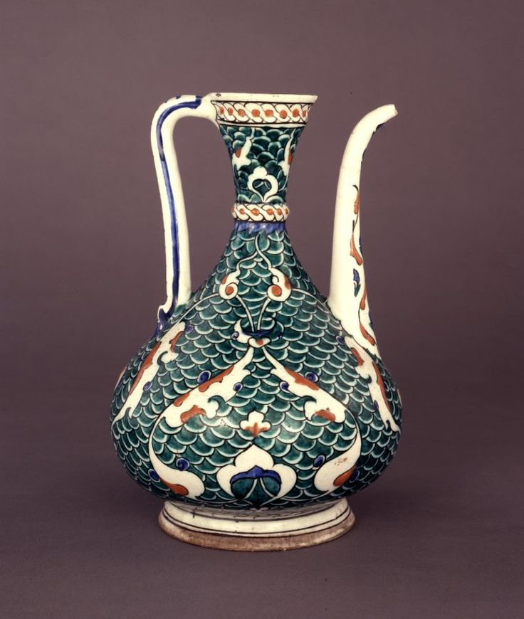 ewer; Ottoman dynasty; 16thC; Iznik