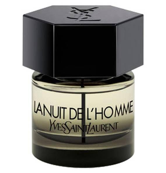 Verschenkt ein Lächeln! Mit diesem frischen, orientalischen Duft voller Spannung und Gegensätze gelingt euch das garantiert. Yves Saint Laurent hat einen Duft für einen Mann geschaffen, der sich gerne mit einer mysteriösen Aura umgibt. Perfekt für eine Nacht voller Verheißungen.