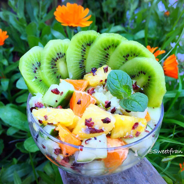 Frutas: kiwi, piña, pepino, naranja, coco, cacao. Mi Instagram@sweetfran