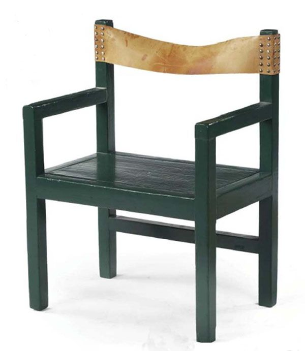 Early Rietveld Chair with a Story
