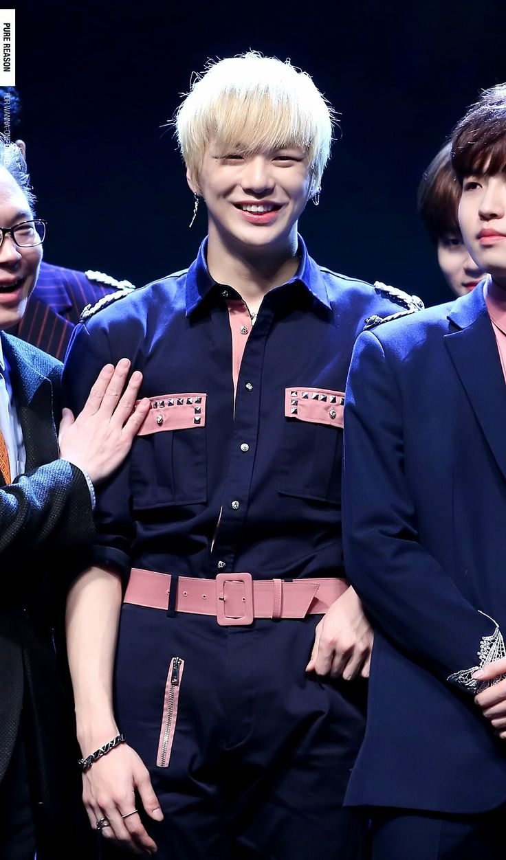WannaOne At 5th EDAILY Culture Awards #WannaOne #워너원 #KangDaniel