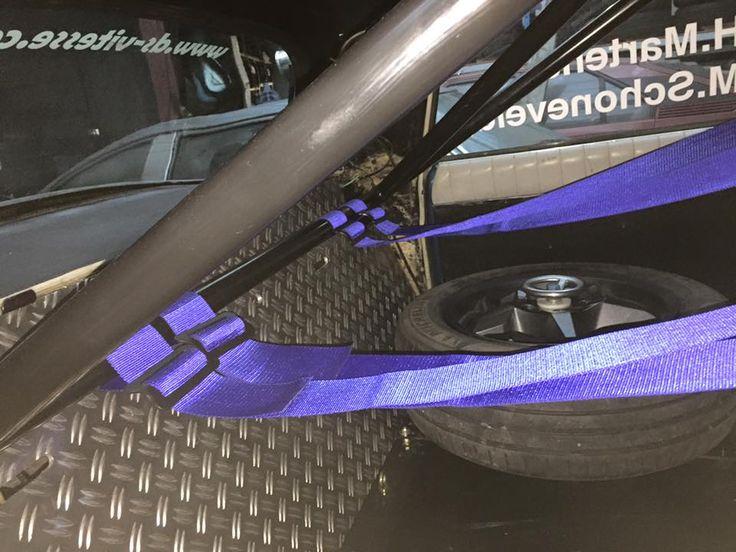 Race gordels en reservewiel Citroen DS Rally Harry Martens