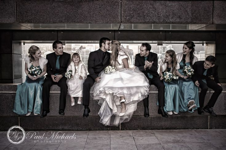 Bridal party pictures at Te Papa