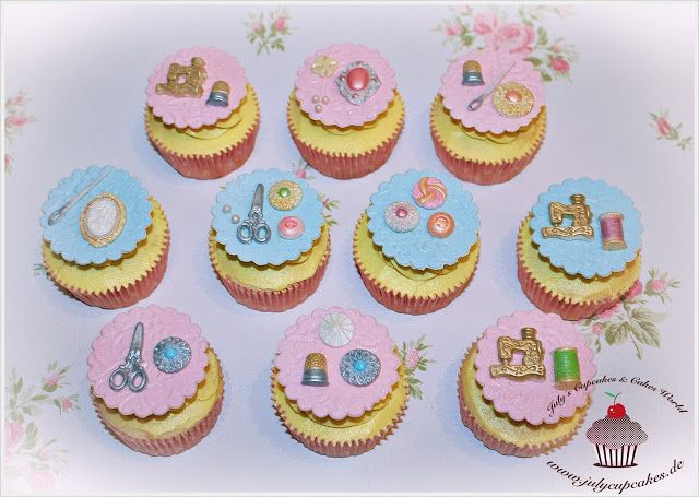 July`s Cupcakes and Cakes World: Sewing Cupcakes - White Cupcakes