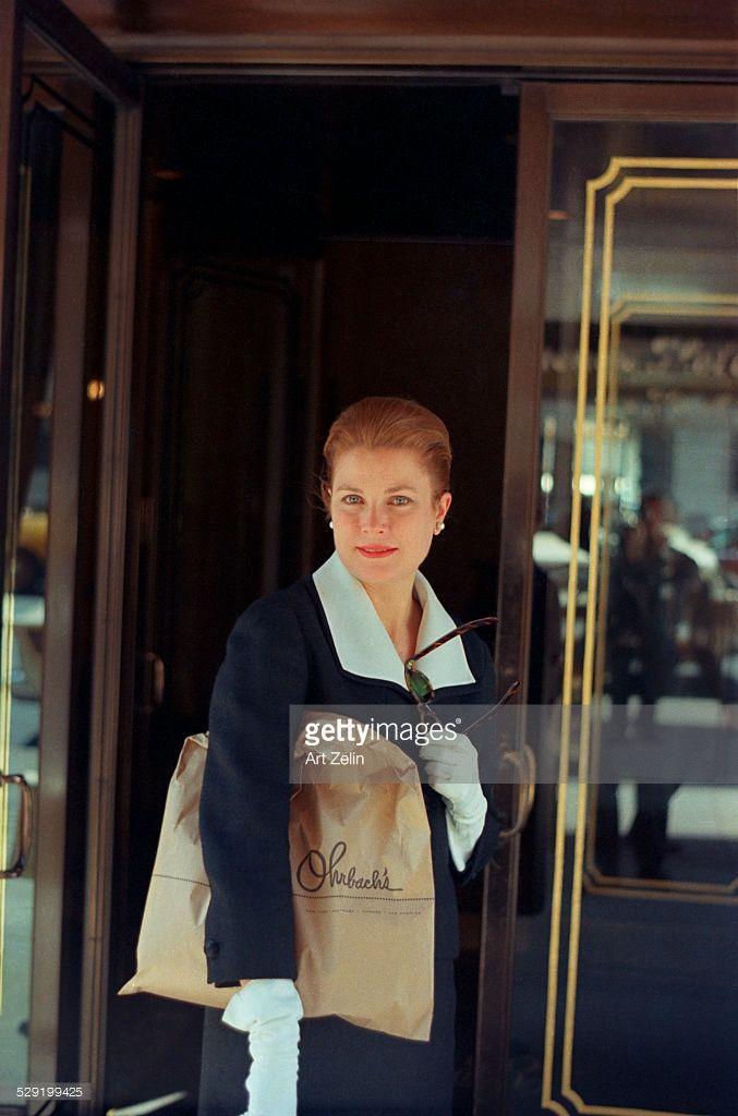 News Photo : Grace Kelly at the Regency Hotel doors; circa...