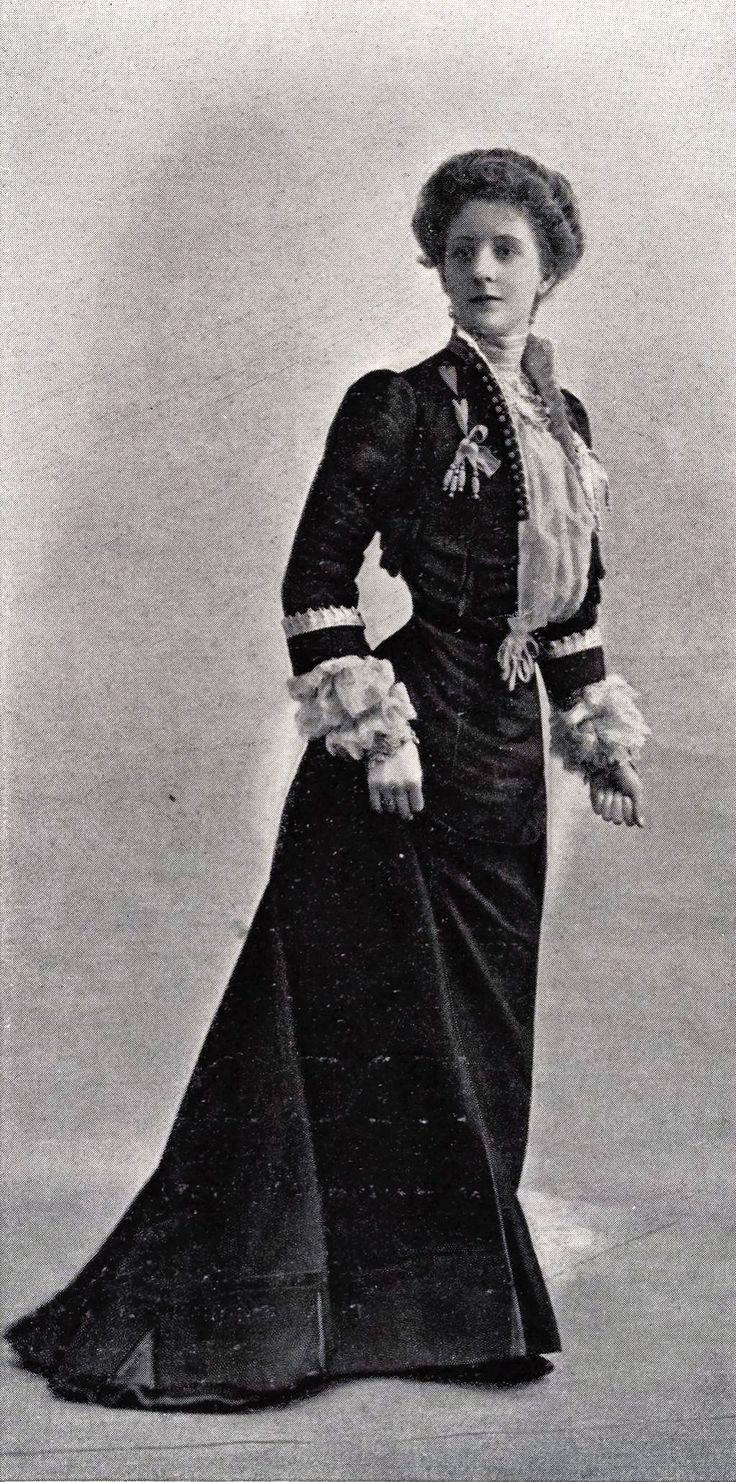 1901 March, Les Modes Paris - Town dress by Maison Lafferrière                                                                                                                                                                                 More