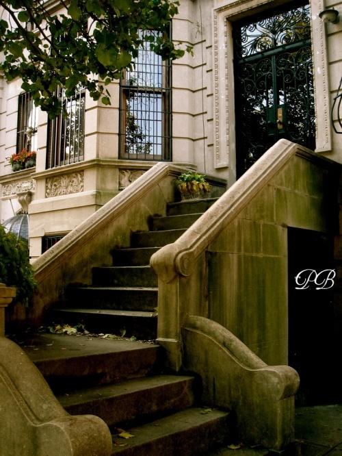 Brownstone NYC apartment   Design elegance   Pinterest