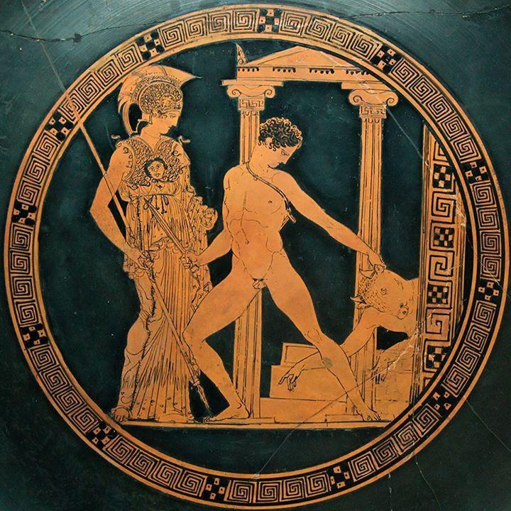 La Donna greca Nel mito, nella tragedia, nella poesia Atena assiste alla vittoria di Teseo sul Minotauro Kylix attica a figure rosse, 425-410 a.C. Attribuita al ceramografo Esone. Museo Archeologico Nazionale di Spagna, Madrid.