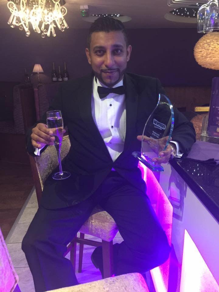 Ali celebrating Restaurant of the Year 2016 www.indian-edge.co.uk