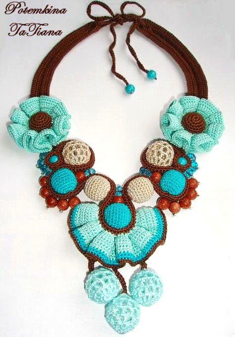 Original crochet jewelry by Tatiana Potemkina
