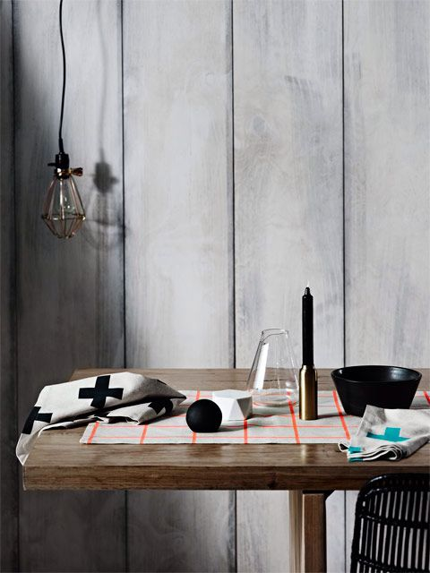 Modern geometric table linen- Aura Home