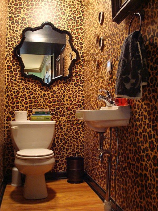 Leopard print wallpaper in bathroom http www wowwallpaperhanging com