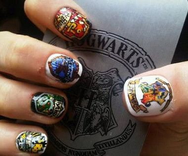 Harry Potter nails!Nails Art, Hogwarts Houses, Nailart, Nails Design, Harry Potter Nails, Harry Potter House, Harrypotter, Nails Polish, Nail Art