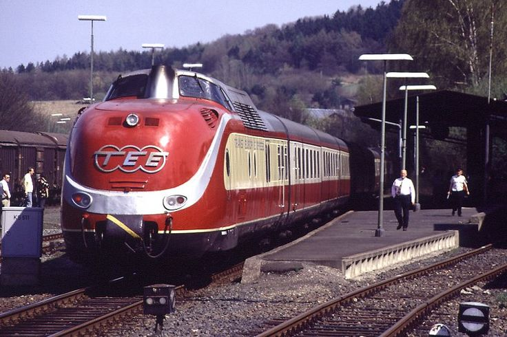 TEE-Trans Europe Express. This type of passenger trains was developed in the years around 1960, had an important role in the development of all kinds of high velocity...