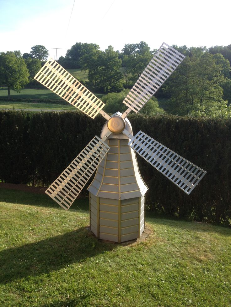 Gartenwindmühle aus Aluminium