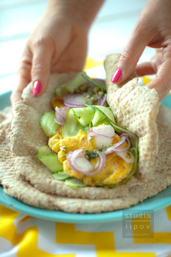falafel i pita razowa