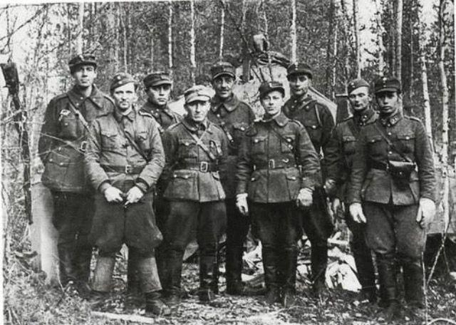 Finnish soldiers WW2