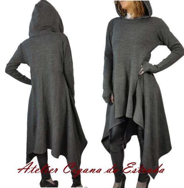 Vestido Inverno Casual Bruxa #vestido #bruxa #capuz #wicca #ritual #capa #elementos #bruxaria #símbolos #medieval #mistérios #oldreligion #old #religion
