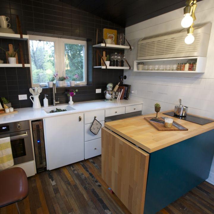 Tiny House Kitchen With Island: Best 25+ Black Kitchen Island Ideas On Pinterest