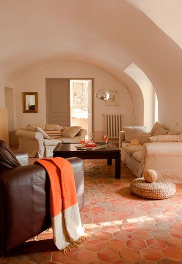 les 25 meilleures id es concernant tomettes anciennes sur pinterest tomette terre cuite. Black Bedroom Furniture Sets. Home Design Ideas