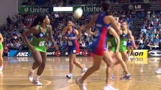 maria tutaia and catherine latu playing netball my favorite netball players