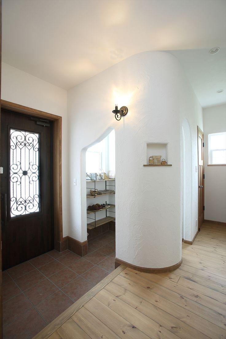 VntageHomes 施工例 フレンチスタイル アール壁とニッチ 無垢フローリング