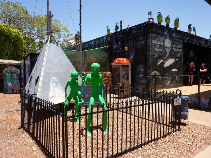Outback Australia - Alien attack Wycliff Well, NT. UFO Capital of Australia.