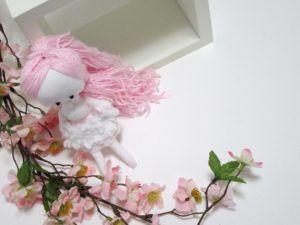 demoiselle de chiffon, poupée de chiffon, robe fleurs