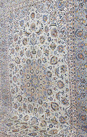 204049. MATTA, Orientalisk, grön Keshan, 390 x 280 cm. – Auctionet
