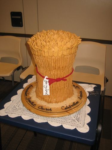 Sheaf of #wheat cake with red ribbon! Idea for #AOII pref?