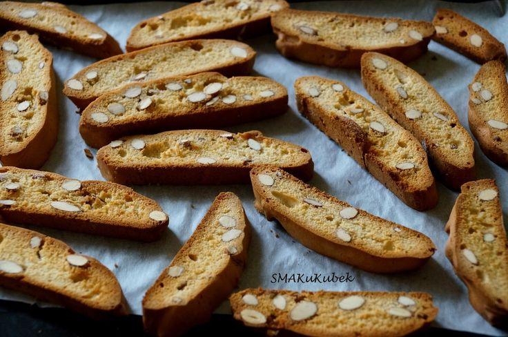 SMAKuKubek: Biscotti z migdałami