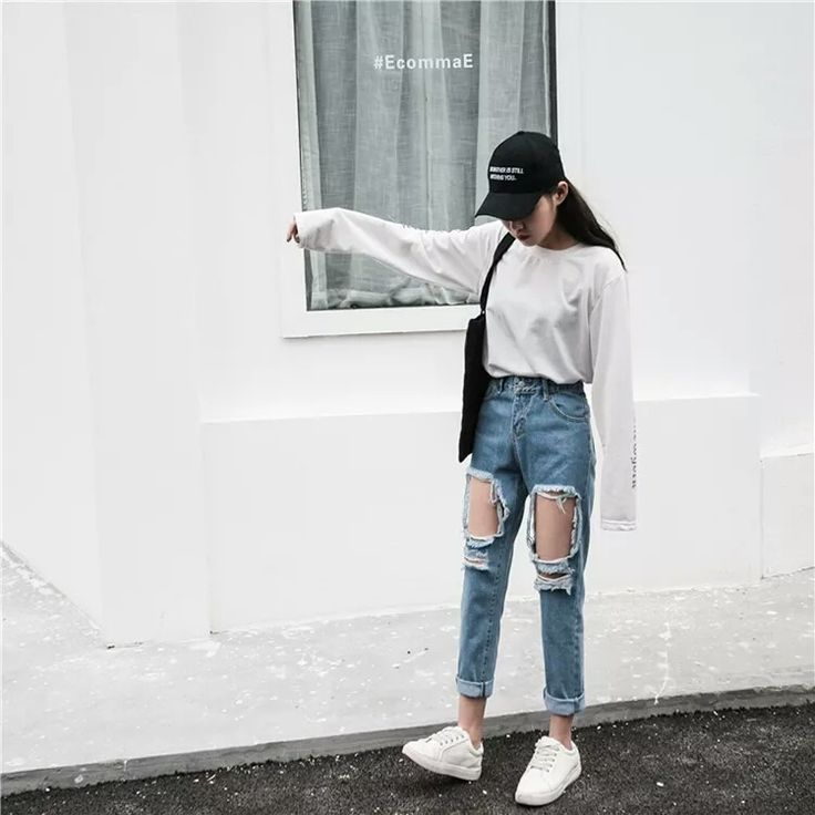 Ripped Denim Jeans via Hamburgerco. Click on the image to see more!