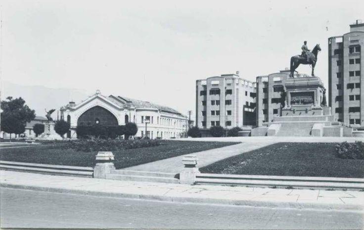 Plaza Baquedano, década de 1930. Santiago , Chile (fuente: FB Fotos antiguas de Chile)
