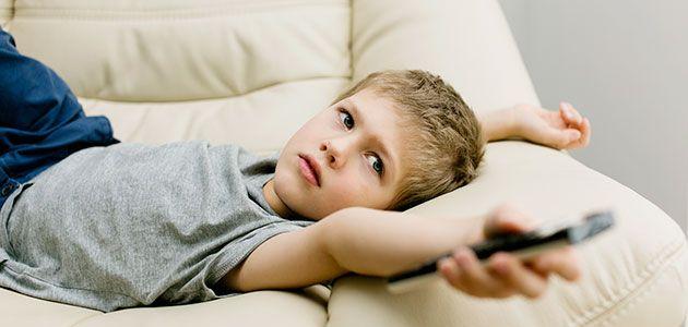 Enseña a los niños a ver la televisión