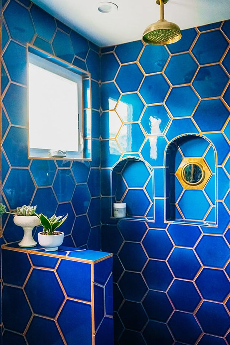 Blue bathroom designs - Unexpected Utterly Gorgeous Tile Grout Combos