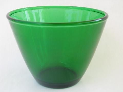 forest green kitchen glass splash proof mixing bowl vintage Anchor Hocking & 52 best vintage Christmas dinnerware - dishes glasses and linens ...