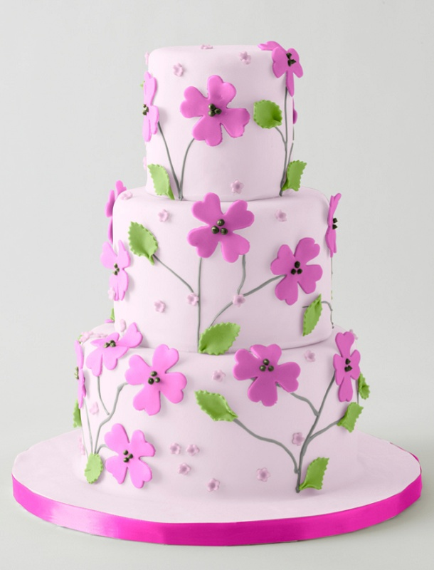 Cake With Fondant Flowers : 312 best images about Adult Birthday Cakes on Pinterest