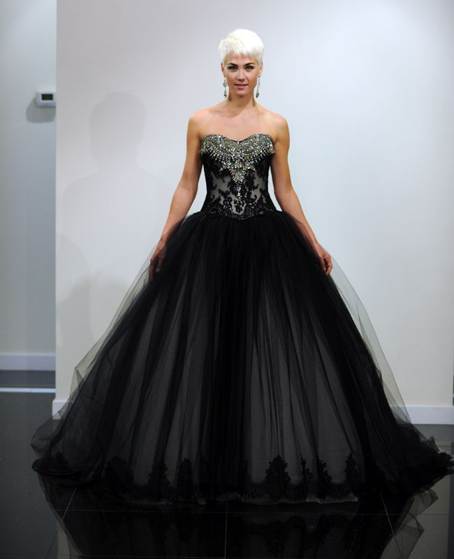 Victor Harper Couture Fall 2014 Collection This is a childhood friend of Brian and Kevin. Nice Job Alexandra!