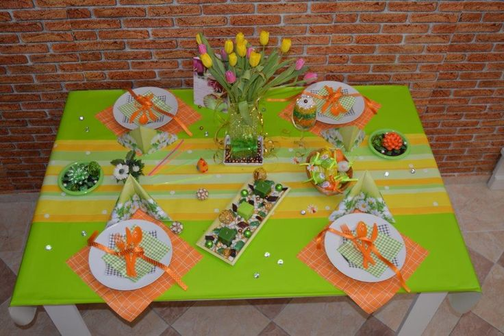Time to change the table to spring decoration!