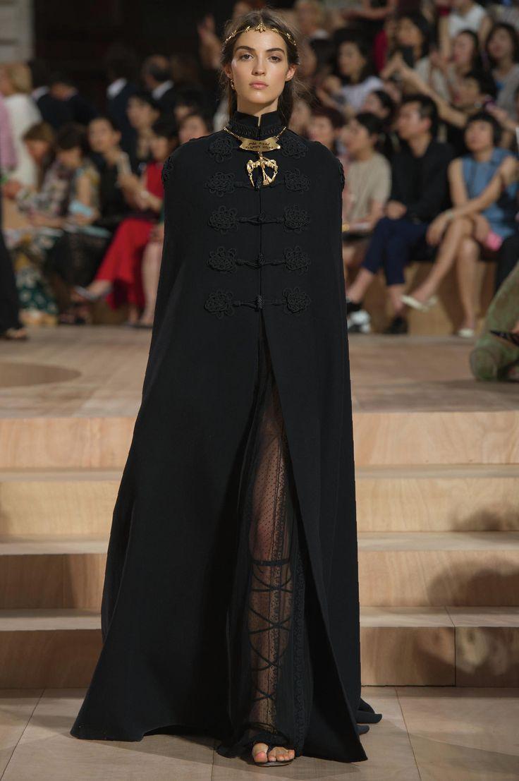 Valentino runway look 02