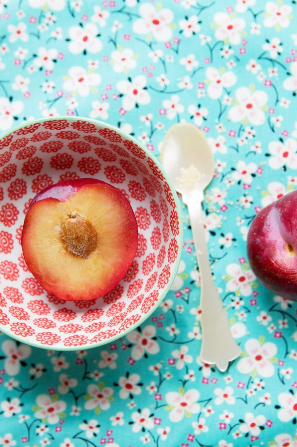 Peach: Pretty Patterns, Colour, Colors Combos, Red Aqua, Pretty Bowls, Nectarine Seasons, Food Blog, Patterns Palooza, Patterns Houses