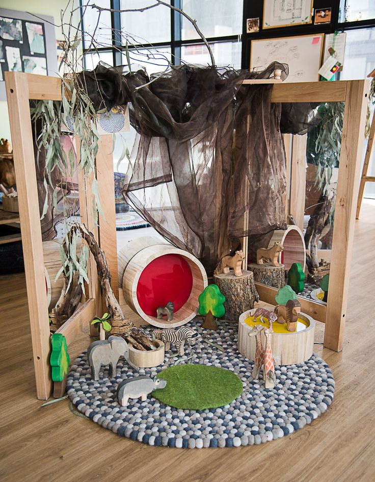 This play space with African animals promotes many opportunities for imaginary play