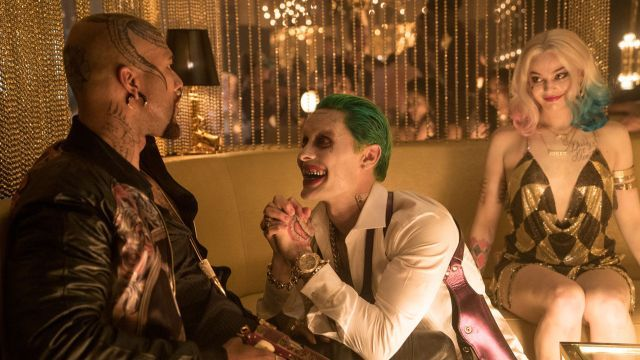 Suicide Squad Explodes to $65 Million on Friday http://best-fotofilm.blogspot.com/2016/08/suicide-squad-explodes-to-65-million-on.html  Suicide Squad Explodes to $  65 Million on Friday  Suicide Squad brought in an estimated $  65 million at the domestic box office on Friday, with an average of $  15, 306 per theatre. That number includes the$  20.5 million in Thursday previews. The Warner Bros. release received a B+ CinemaScore from audiences, ahead of Batman v Superman's B score.  The…