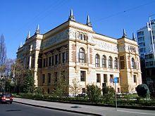 Die Oberösterreichischen Landesmuseen sind eine Kulturinstitution des Landes Oberösterreich. Sie bestehen aus der Landesgalerie, dem Schlossmuseum und dem Biologiezentrum in der Landeshauptstadt Linz und mehreren Museen, Gedenkstätten und Sammlungen im gesamten Bundesland.
