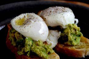 Pocherade ägg. Så enkelt och sååå gott. | Poached Eggs. So easy and sooo good. — Godine