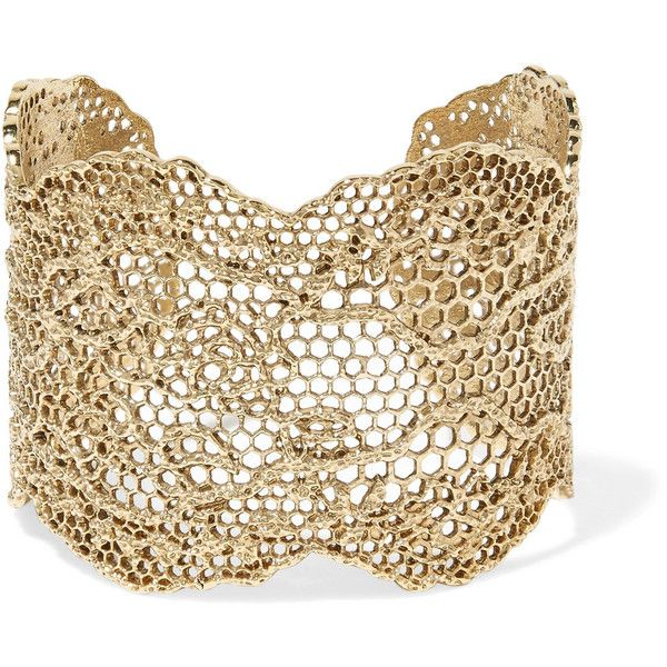 Aurélie Bidermann Lace gold-plated cuff ($730) ❤ liked on Polyvore featuring jewelry, bracelets, laser-cut jewelry, filigree lace jewelry, gold plated bangles, filigree jewelry and gold plated jewelry