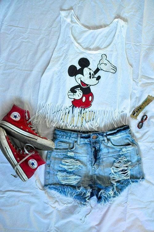 Disney outfit | You can found this at => http://feedproxy.google.com/~r/amazingoutfits/~3/m0L51mV7kfo/photo.php