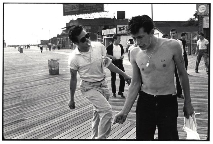 © Bruce Davidson, USA. New York. Coney Island. 1959. Brooklyn Gang