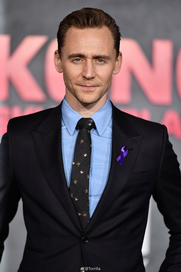 Tom Hiddleston at the premiere of Kong : Skull Island at Dolby Theatre in LA 8.3.2017 From http://tw.weibo.com/torilla/4083365491450962