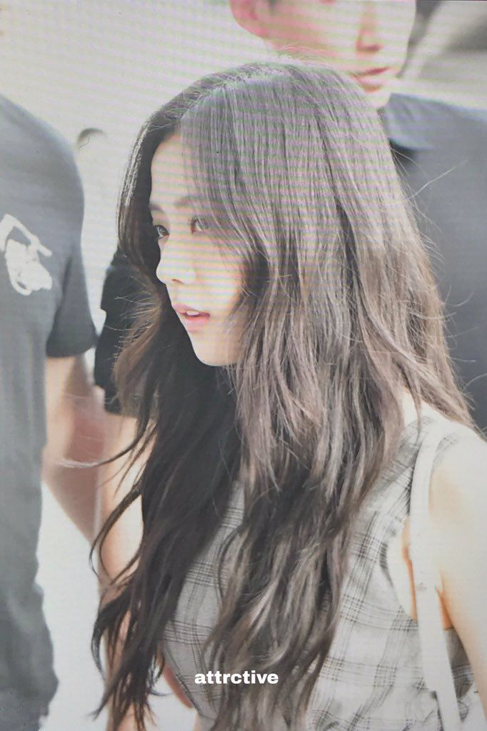 All About Kim Jisoo Hair Styles Hairstyle Beauty